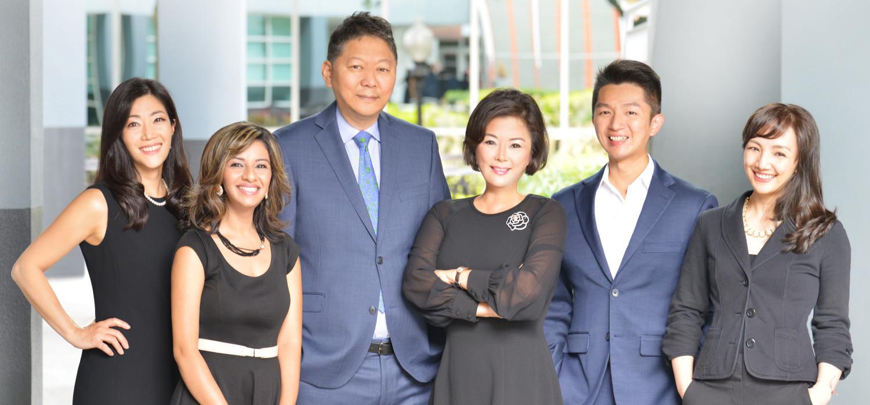 Kelly Kim Team Photo
